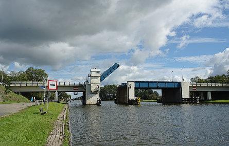 Foto Uitwellingerga / Uitwellingerga, Prinses Margrietkanaal