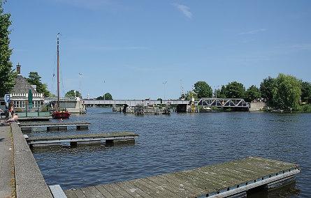 Foto Uithoorn, Busbrug
