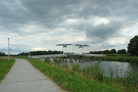 Foto Assen, fiets/voetbrug