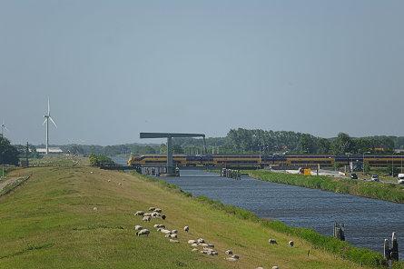 Foto Koegrasspoorbrug
