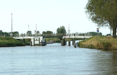 Foto Platvoetbrug