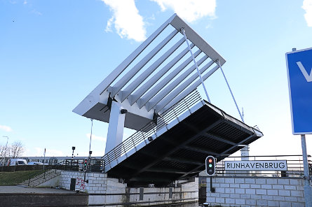 Foto Rijnhavenbrug