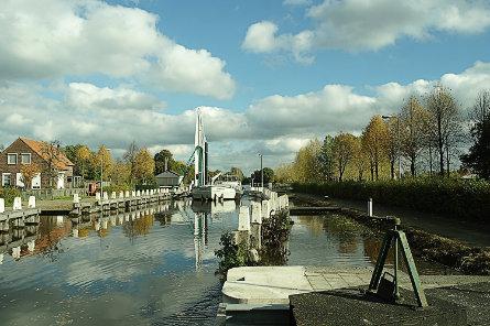 Foto Sluis V, brug over bovenhoofd