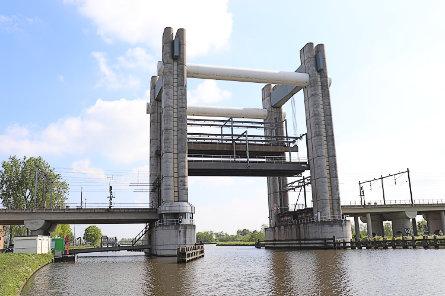 Foto Spoorbrug Gouda (viersporig)