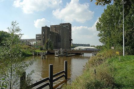 Foto spoorbrug Groningen