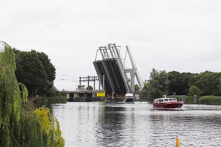 Foto spoorbrug Weesp